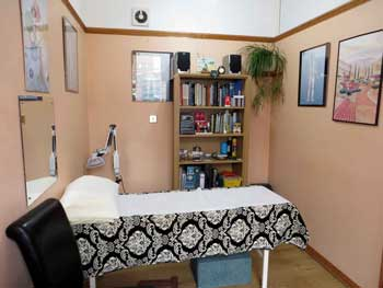 Inside treatment Room at Acupuncture Torbay